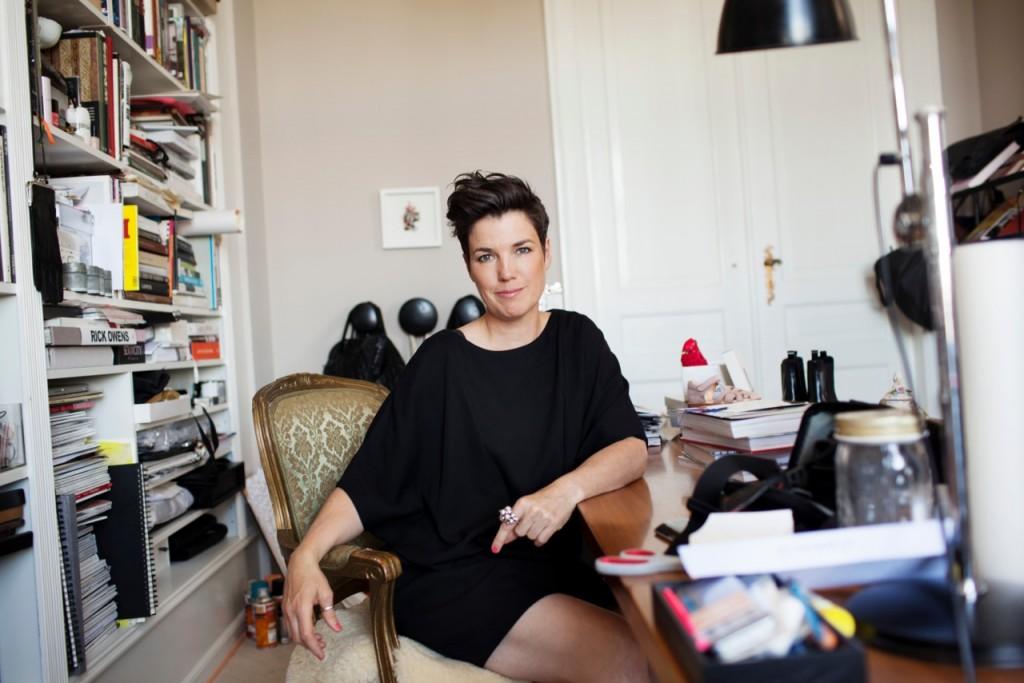 Marianne Britt, Studio